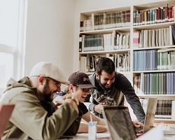 Pourquoi vous orienter dans les métiers de la communication